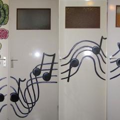 Music & roses / February 2012